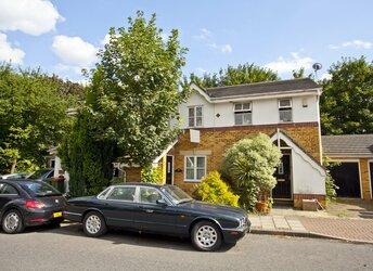 Richard House Drive, Docklands,             E16