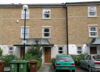 John Ruskin Street, Camberwell/Oval,             SE5