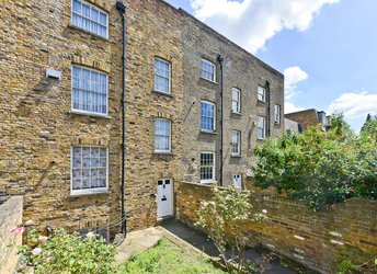 Brough Close, Stockwell,             SW8