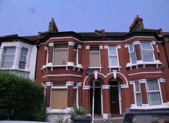 Pathfield Road, Streatham Common,             SW16
