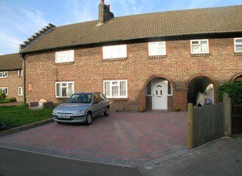 Bakers End, Wimbledon Chase,             SW20