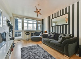 2 Bed High Rise Apartment Stockton House Bethnal Green