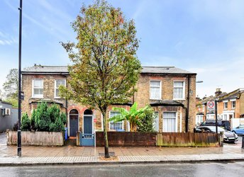 Grove Vale, East Dulwich,             SE22