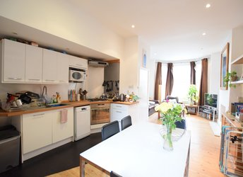 9 Gateley Road, Stockwell,             SW9