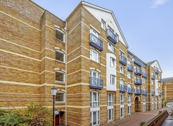 Sandringham Court, Rotherhithe/Canada Water,             SE16