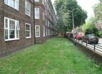 Poynders Gardens, Clapham,             SW4