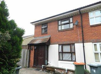 Partridge Close, Docklands,             E16