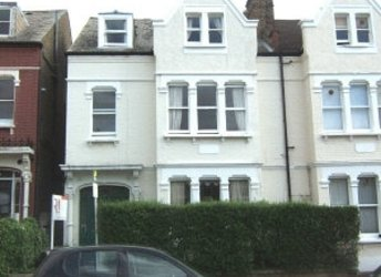 Ritherdon Road, Tooting Bec,             SW17