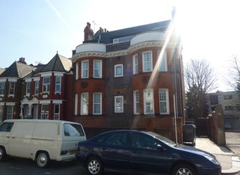 Winchester Avenue, Brondesbury,             NW6