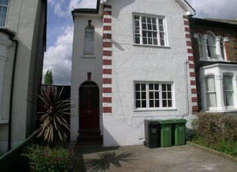 Barmeston Road, Bellingham,             SE6