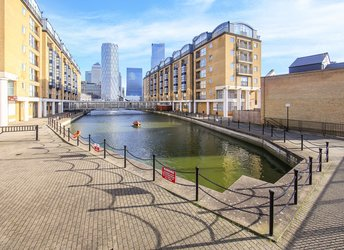 Rotherhithe Street, Rotherhithe/Canada Water,             SE16