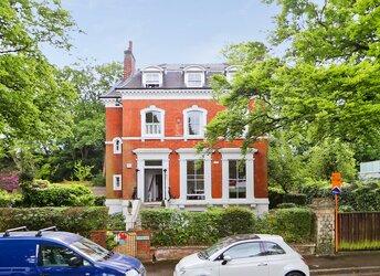 Crescent Wood Road, Sydenham,             SE26